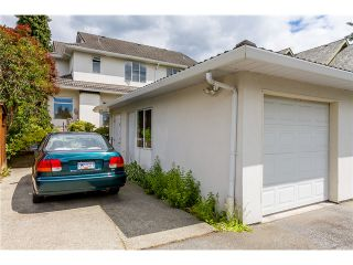 Photo 16: 1545 MAHON AV in North Vancouver: Central Lonsdale Condo for sale : MLS®# V1014249