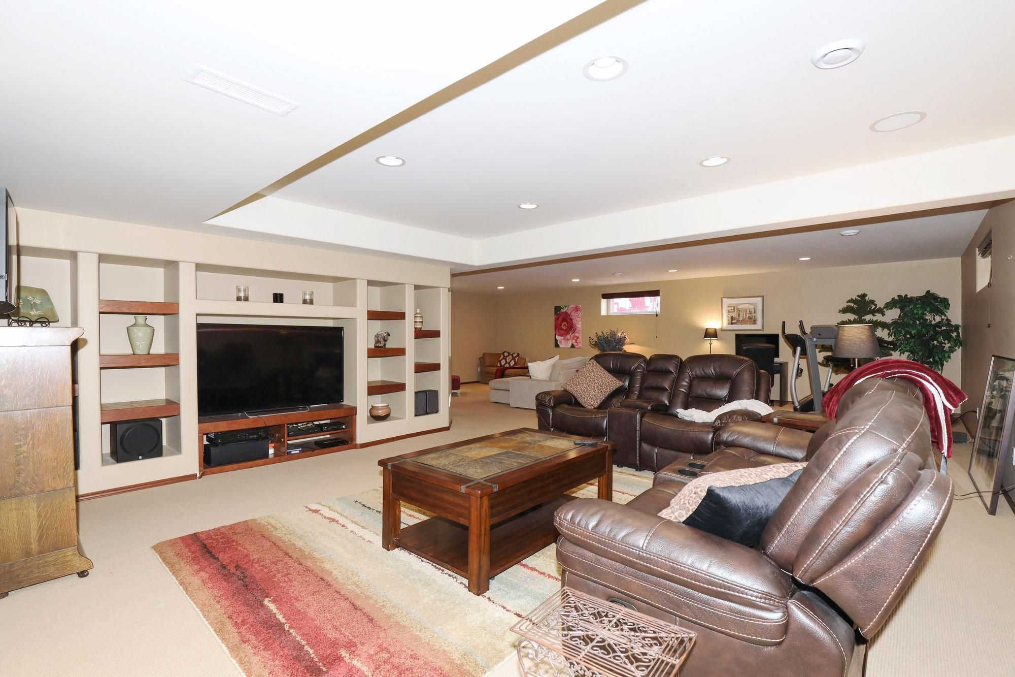 Photo 29: Photos: 7 Castle Ridge Drive in Winnipeg: Linden Ridge Single Family Detached for sale (1M)  : MLS®# 202107901