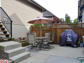 "Photo 10: 6976 179A Street in Surrey: Cloverdale BC Townhouse for sale in ""TERRACES AT PROVINCETON"" (Cloverdale)  : MLS®# F1213132"