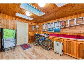 "Photo 18: 15348 VICTORIA Avenue: White Rock House for sale in ""White Rock"" (South Surrey White Rock)  : MLS®# R2579502"
