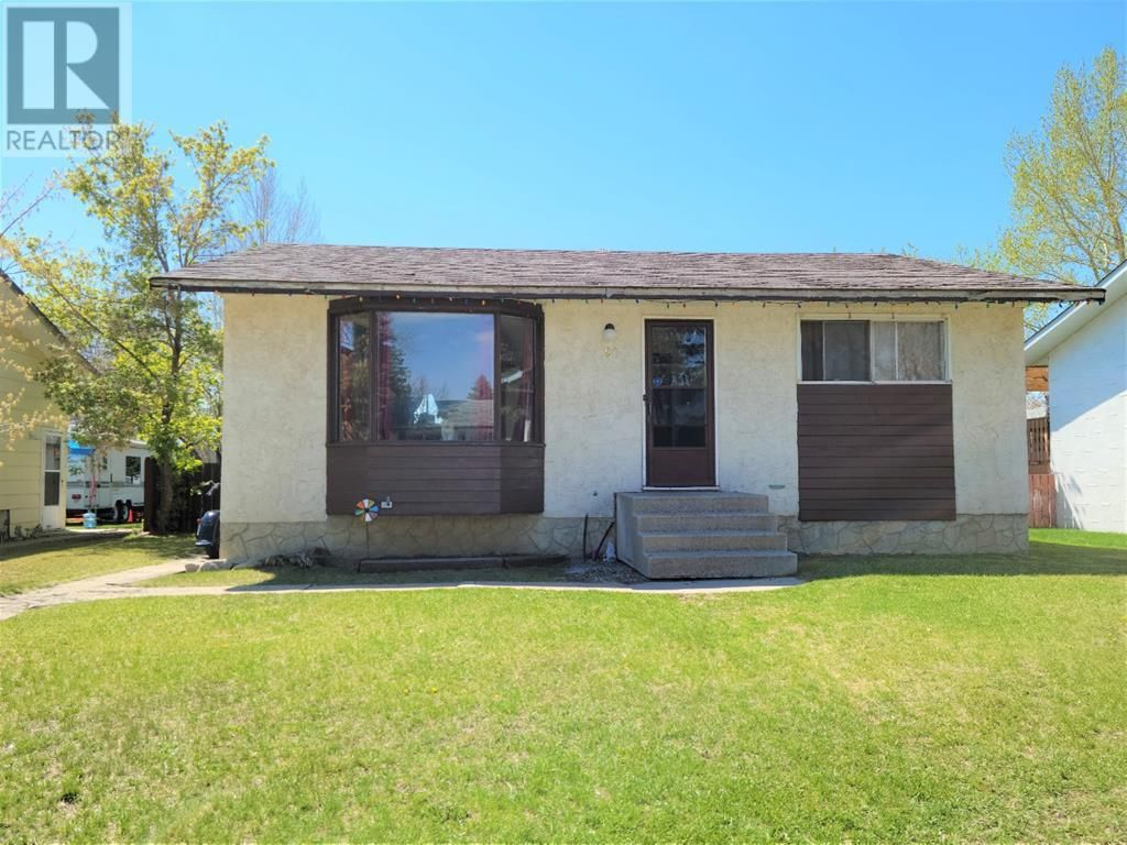 Main Photo: 91 Greenbrook Drive E in Brooks: House for sale : MLS®# A1100776