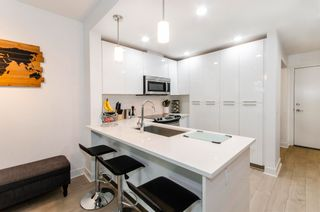 """Photo 4: 404 733 W 3RD Street in North Vancouver: Harbourside Condo for sale in """"The Shore"""" : MLS®# R2603581"""