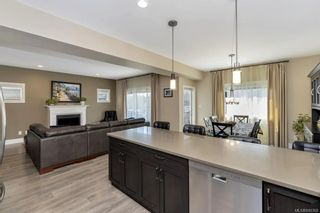 Photo 6: 1238 Bombardier Cres in Langford: La Westhills House for sale : MLS®# 840368