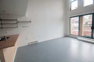 """Photo 5: 606 22 E CORDOVA Street in Vancouver: Downtown VE Condo for sale in """"VAN HORNE"""" (Vancouver East)  : MLS®# R2561471"""