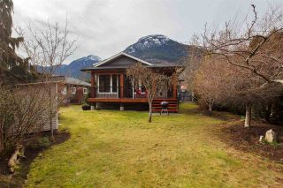 Photo 1: 39698 CLARK ROAD in Squamish: Northyards House for sale : MLS®# R2551003