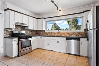 Photo 15: 10042 FAIRBANKS Crescent in Chilliwack: Fairfield Island House for sale : MLS®# R2622498