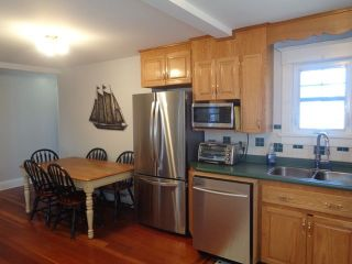Photo 5: 157 Fox Street in Lunenburg: 405-Lunenburg County Residential for sale (South Shore)  : MLS®# 202106380