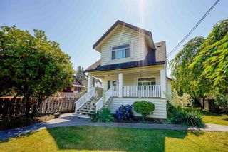 Photo 1: 1004 DUBLIN STREET in New Westminster: Moody Park House for sale : MLS®# R2601230