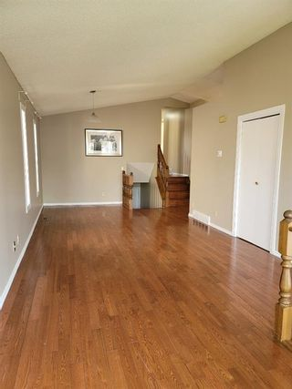 Photo 1: 51 whitworth Road NE in Calgary: Whitehorn Detached for sale : MLS®# A1128067