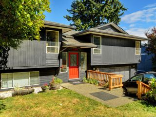 Photo 1: 3389 Mary Anne Cres in Colwood: Co Triangle House for sale : MLS®# 855310