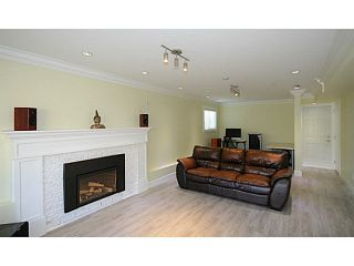 Photo 15: 7357 CULLODEN Street in Vancouver: South Vancouver House for sale (Vancouver East)  : MLS®# V1096878