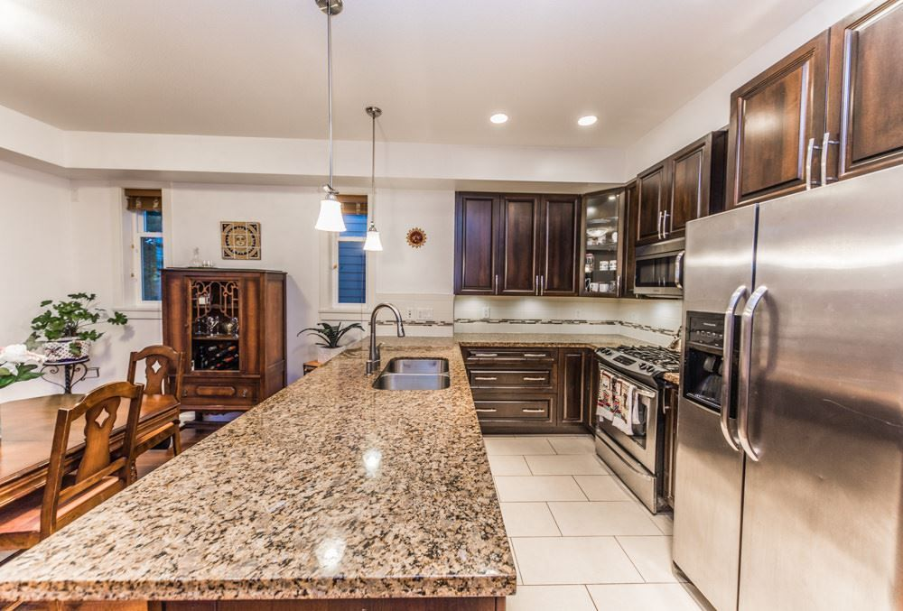 """Main Photo: 36 20738 84 Avenue in Langley: Willoughby Heights Townhouse for sale in """"Yorkson Creek"""" : MLS®# R2269911"""