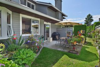 """Photo 19: 6139 W BOUNDARY Drive in Surrey: Panorama Ridge Townhouse for sale in """"LAKEWOOD GARDENS"""" : MLS®# F1448168"""