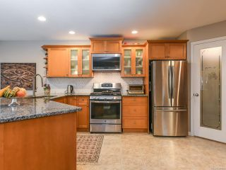 Photo 7: 2195 Hawk Dr in COURTENAY: CV Courtenay East House for sale (Comox Valley)  : MLS®# 831486
