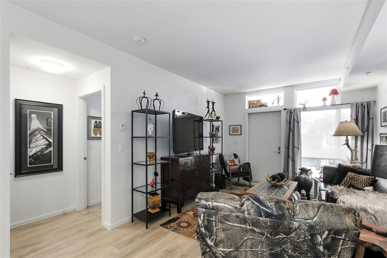 """Photo 11: Photos: 101 5085 MAIN Street in Vancouver: Main Condo for sale in """"EASTPARK"""" (Vancouver East)  : MLS®# R2450748"""