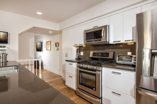 Photo 6: Condo for sale : 2 bedrooms : 1334 Pacific Beach Drive 92109 in San Diego