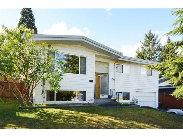 Main Photo: 49 MOUNT ROYAL Drive in Port Moody: College Park PM House for sale : MLS®# V1116562