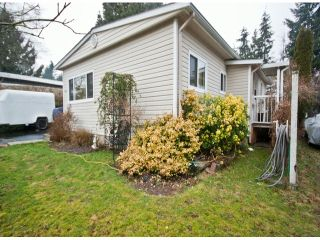 Photo 2: 31539 LOMBARD Avenue in Abbotsford: Poplar Manufactured Home for sale : MLS®# F1429021