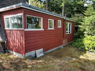 Photo 3: 8065 West Coast Rd in Sooke: Sk West Coast Rd House for sale : MLS®# 843212