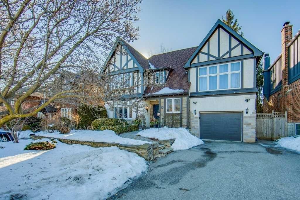 Main Photo: 19 Brooke Avenue in Toronto: Bedford Park-Nortown House (2-Storey) for sale (Toronto C04)  : MLS®# C5131118
