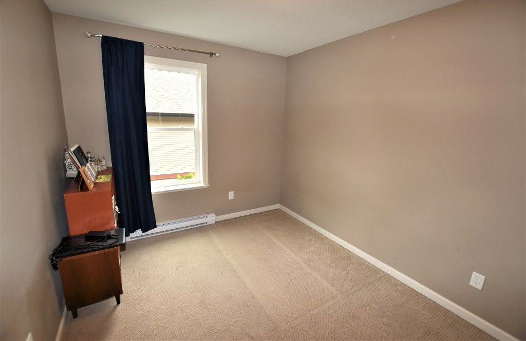 """Photo 13: Photos: 20849 71B Avenue in Langley: Willoughby Heights Condo for sale in """"Milner Heights"""" : MLS®# R2161882"""