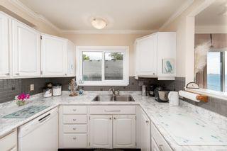 Photo 14: 302 1488 Dallas Rd in : Vi Fairfield West Condo for sale (Victoria)  : MLS®# 885703