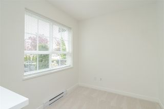"Photo 5: 77 8438 207A Street in Langley: Willoughby Heights Townhouse for sale in ""YORK By Mosaic"" : MLS®# R2453258"