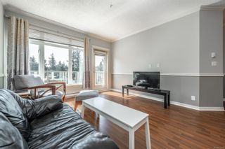 Photo 3: 405 2220 Sooke Rd in : Co Hatley Park Condo for sale (Colwood)  : MLS®# 872370