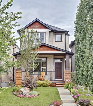 Photo 1: 640 54 Ave SW in Calgary: House for sale : MLS®# C4023546