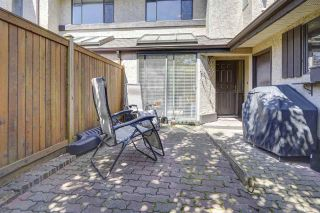 """Photo 25: 7 34755 OLD YALE Road in Abbotsford: Abbotsford East Townhouse for sale in """"Glenview"""" : MLS®# R2454937"""