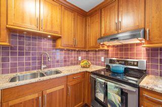 Photo 19: 301 1280 Newport Ave in : OB South Oak Bay Condo for sale (Oak Bay)  : MLS®# 867080