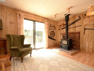 Photo 11: 3109 Cameron-Taggart Rd in COBBLE HILL: ML Cobble Hill House for sale (Malahat & Area)  : MLS®# 785077