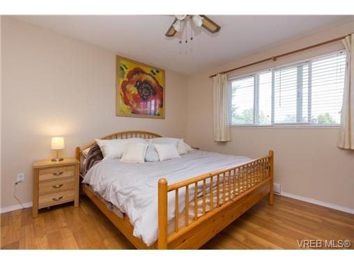 Photo 9: Photos: 23 10070 Fifth St in SIDNEY: Si Sidney North-East Row/Townhouse for sale (Sidney)  : MLS®# 739544