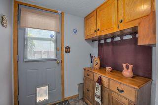 Photo 16: 23 Woodglen Crescent SW in Calgary: Woodbine Detached for sale : MLS®# A1124868