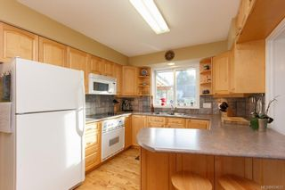 Photo 6: CENTRAL SAANICH HOME FOR SALE = BRENTWOOD BAY HOME For Sale SOLD With Ann Watley