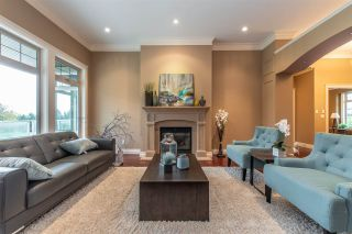"""Photo 3: 3923 COACHSTONE Way in Abbotsford: Abbotsford East House for sale in """"CREEKSTONE ON THE PARK"""" : MLS®# R2418602"""
