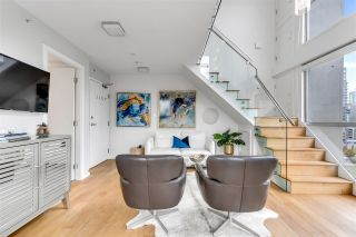 "Photo 3: 1207 1238 RICHARDS Street in Vancouver: Yaletown Condo for sale in ""Metropolis"" (Vancouver West)  : MLS®# R2515222"