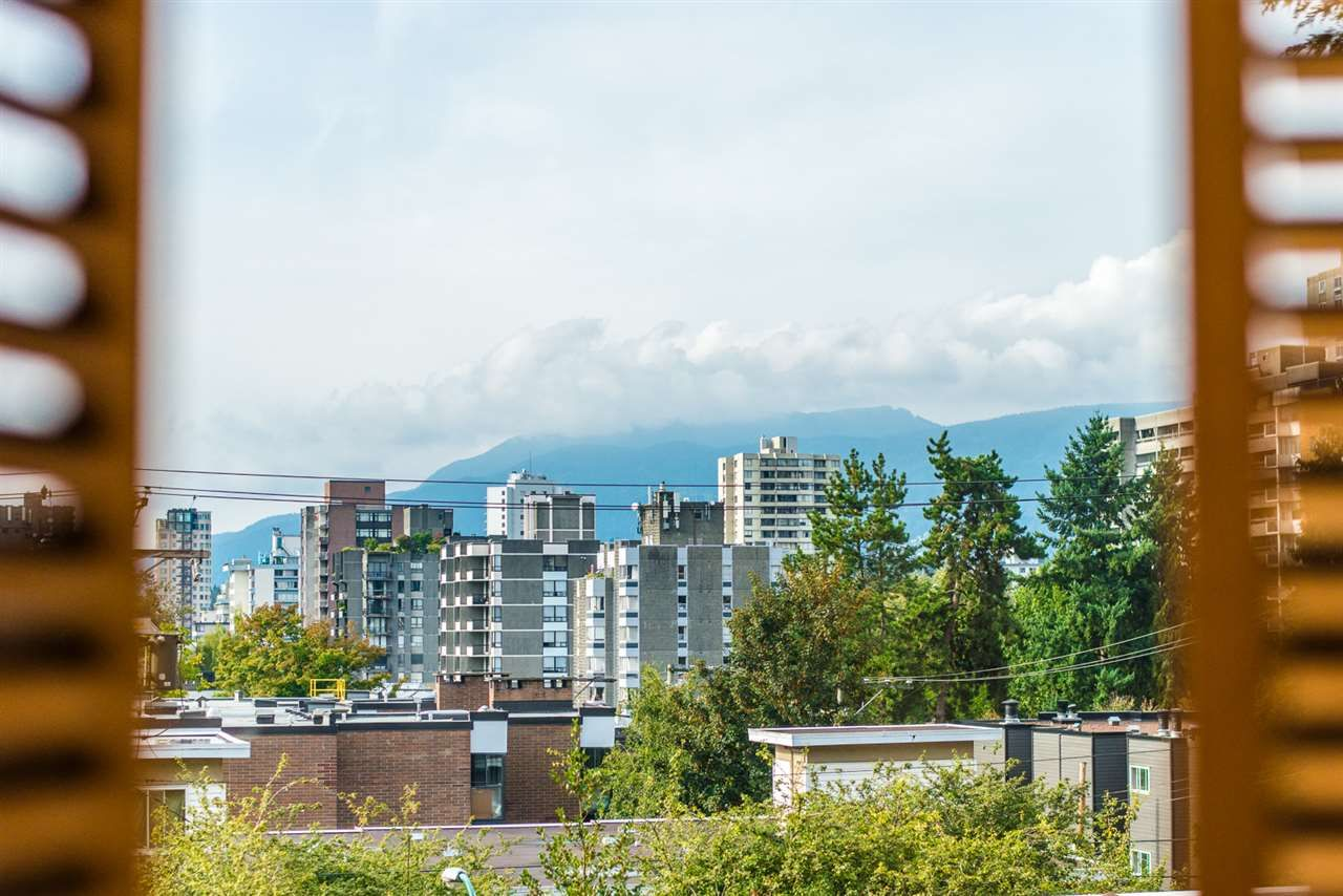 """Photo 19: Photos: 406 1435 NELSON Street in Vancouver: West End VW Condo for sale in """"WESTPORT"""" (Vancouver West)  : MLS®# R2405328"""