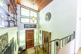 """Photo 4: 9141 156 Street in Surrey: Fleetwood Tynehead House for sale in """"FLEETWOOD/TYNEHEAD"""" : MLS®# R2572264"""