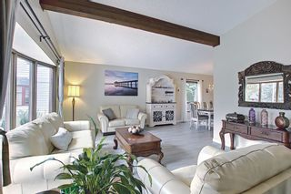 Photo 6: 335 Queensland Place SE in Calgary: Queensland Detached for sale : MLS®# A1137041
