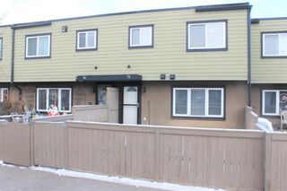 Photo 18: 73 3809 45 Street SW in Calgary: Glenbrook Row/Townhouse for sale : MLS®# A1088587