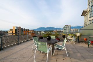 """Photo 17: 1000 1570 W 7TH Avenue in Vancouver: Fairview VW Condo for sale in """"Terraces on 7th"""" (Vancouver West)  : MLS®# R2624215"""