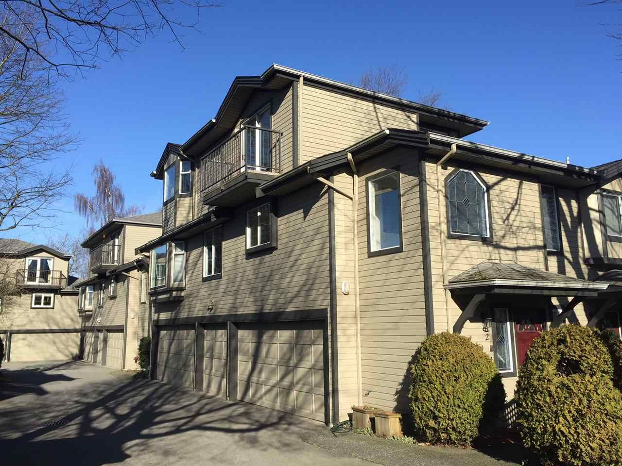 Main Photo: 2 61 E 23RD AVENUE in Vancouver: Main Townhouse for sale (Vancouver East)  : MLS®# R2225680
