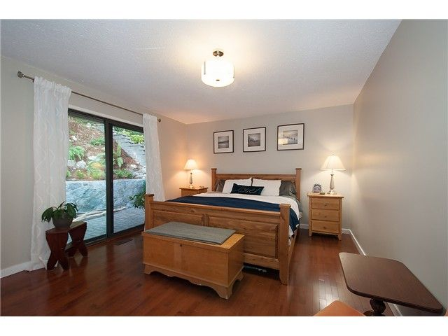 Photo 9: Photos: 2045 CLIFFWOOD RD in North Vancouver: Deep Cove House for sale : MLS®# V1106333