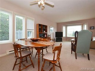 Photo 5: SIDNEY REAL ESTATE = NORTH-EAST SIDNEY FAMILY HOME For Sale SOLD With Ann Watley