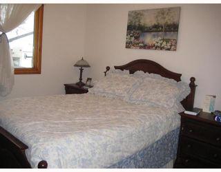 Photo 5: 804 CONSOL Avenue in WINNIPEG: East Kildonan Residential for sale (North East Winnipeg)  : MLS®# 2821411