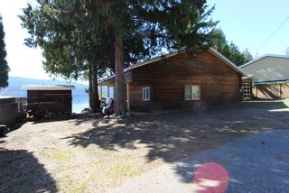 Photo 6: 7748 Squilax Anglemont Road: Anglemont House for sale (North Shuswap)  : MLS®# 10229749