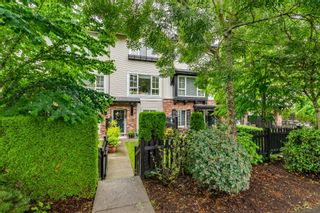 Photo 2: 22 2450 161A Street in Surrey: Grandview Surrey Townhouse for sale (South Surrey White Rock)  : MLS®# R2472218
