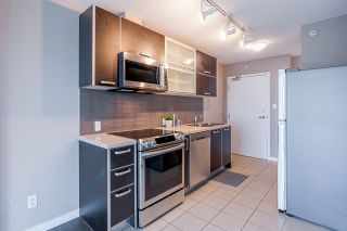 """Photo 9: 601 13688 100 Avenue in Surrey: Whalley Condo for sale in """"ONE PARK PLACE"""" (North Surrey)  : MLS®# R2465164"""