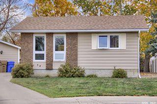 Photo 2: 34 Tweedsmuir Bay in Regina: Sherwood Estates Residential for sale : MLS®# SK872515